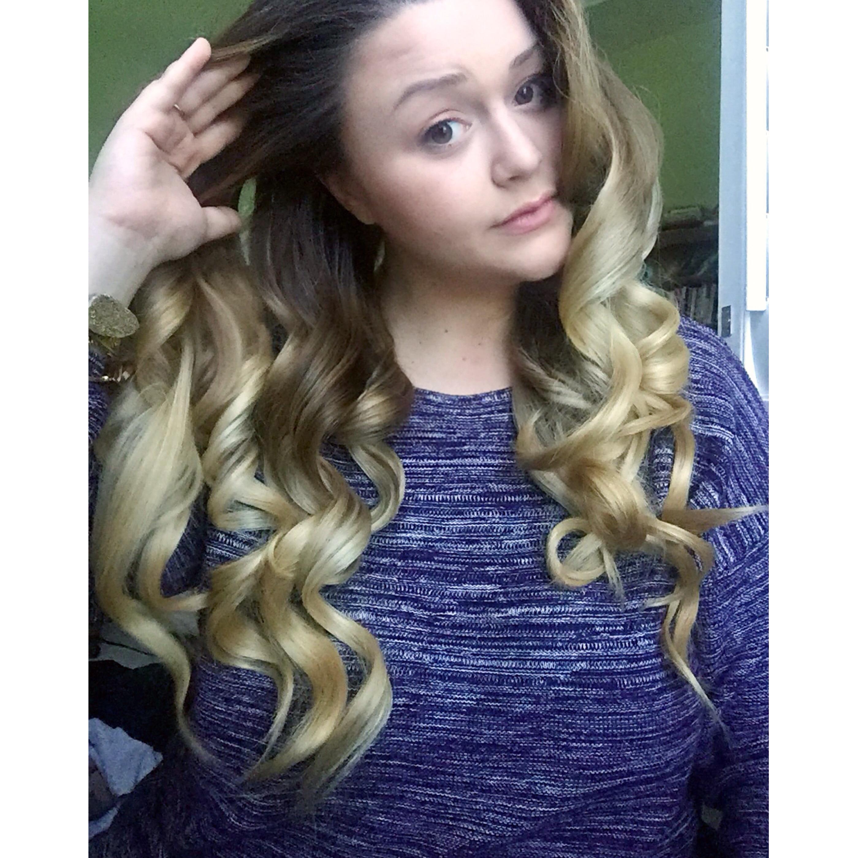 Hair Tutorial Big Fluffy Curls Thechristyleigh