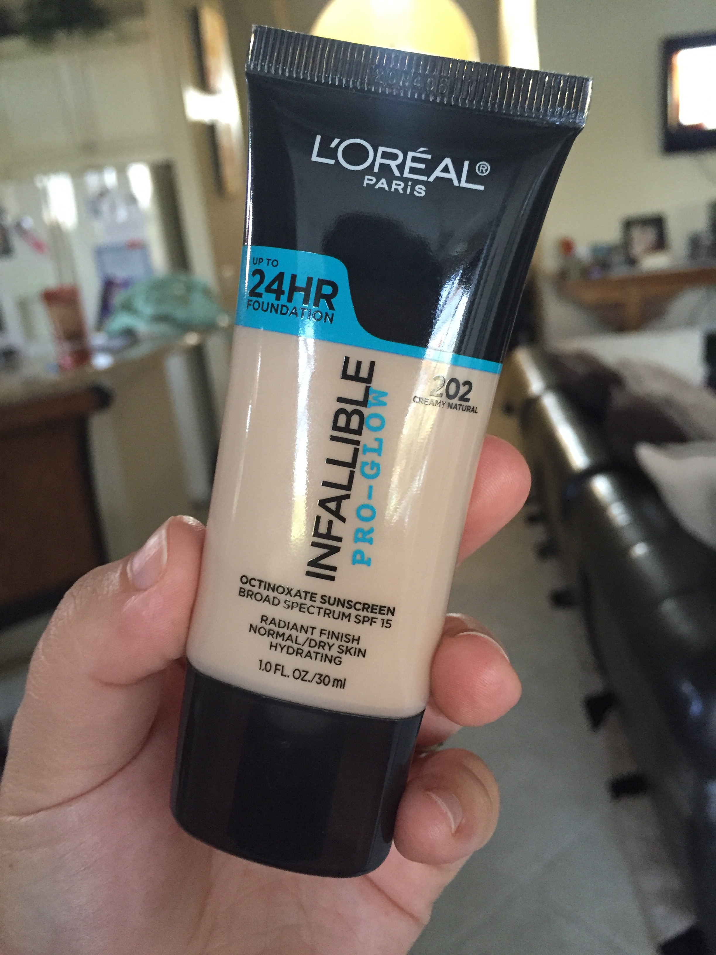 Review L Oreal Infallible Pro Glow Foundation Thechristyleigh